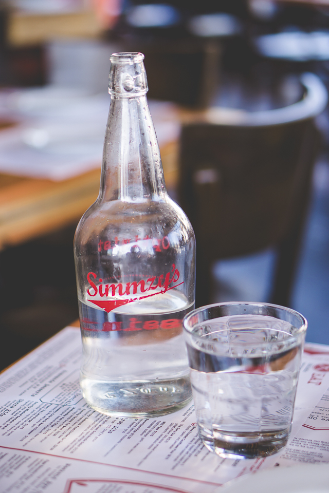 Simmzy's Pub   Belmont Shore   Charla Blue Photography