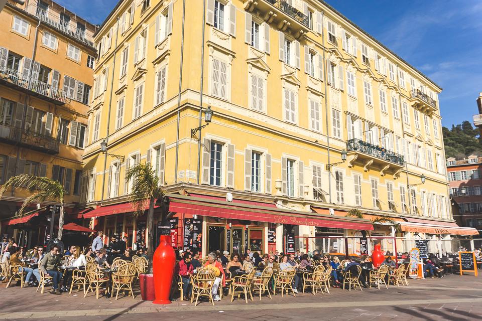 Cafe street scene in Nice